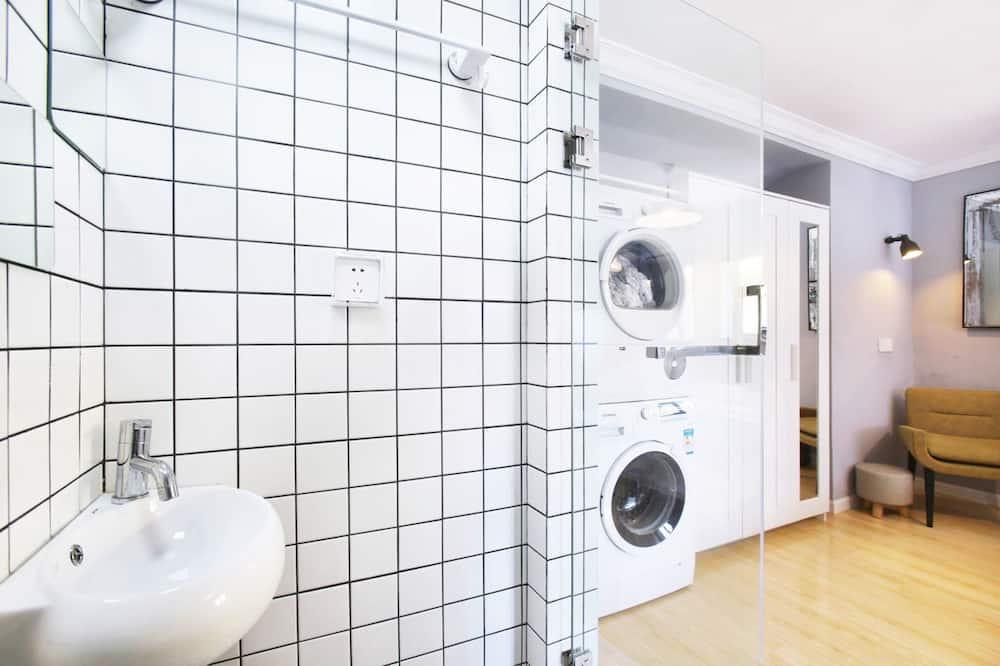 標準大床房 - 浴室