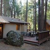 Bassett Cedar Rock Cabin