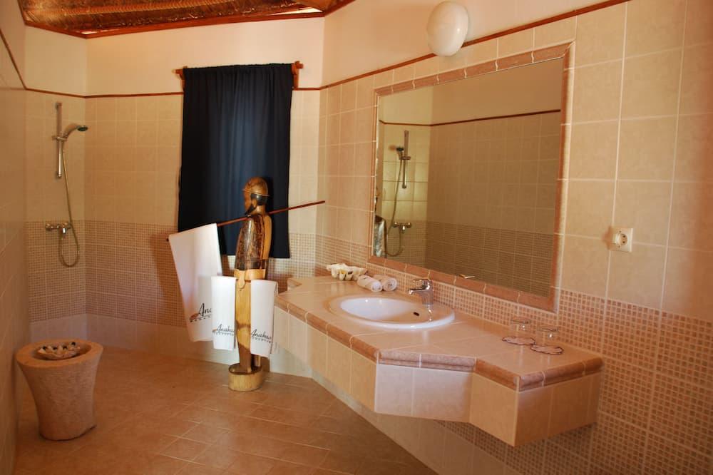 Bungalow Keluarga, Beberapa Tempat Tidur, pemandangan pantai - Kamar mandi
