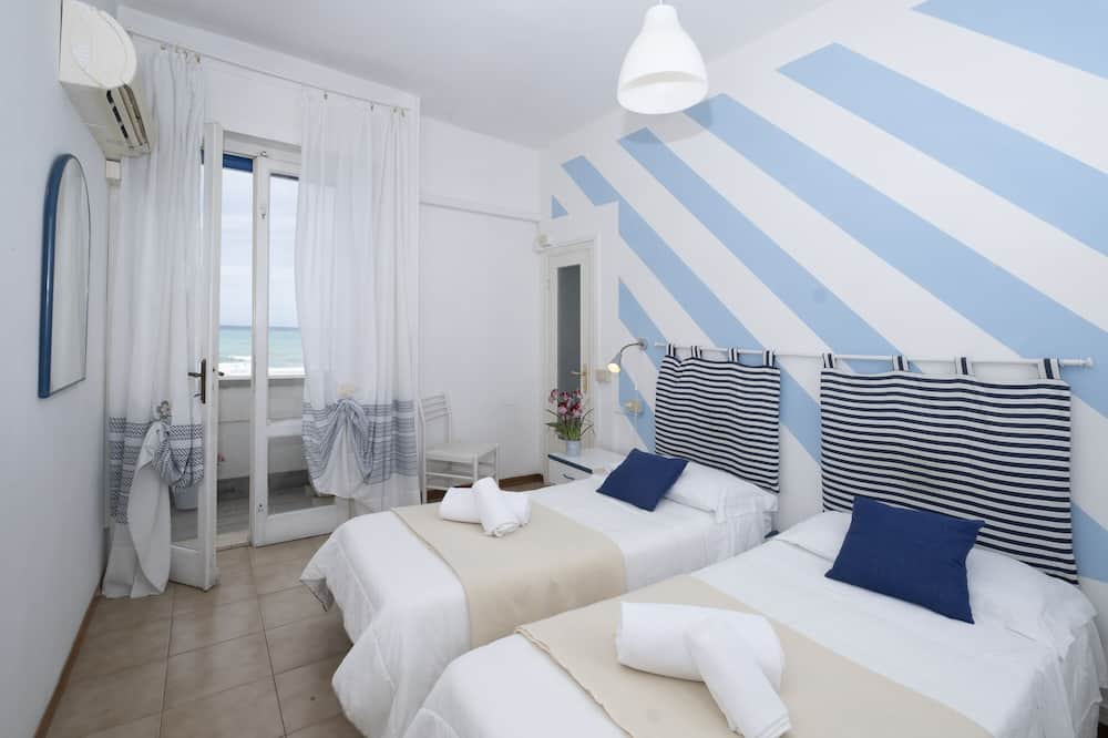 Superior Double Room, Terrace, Sea View - Bilik Tamu
