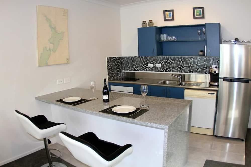 Apartamentai (Private Serviced Aparment) - Vakarienės kambaryje