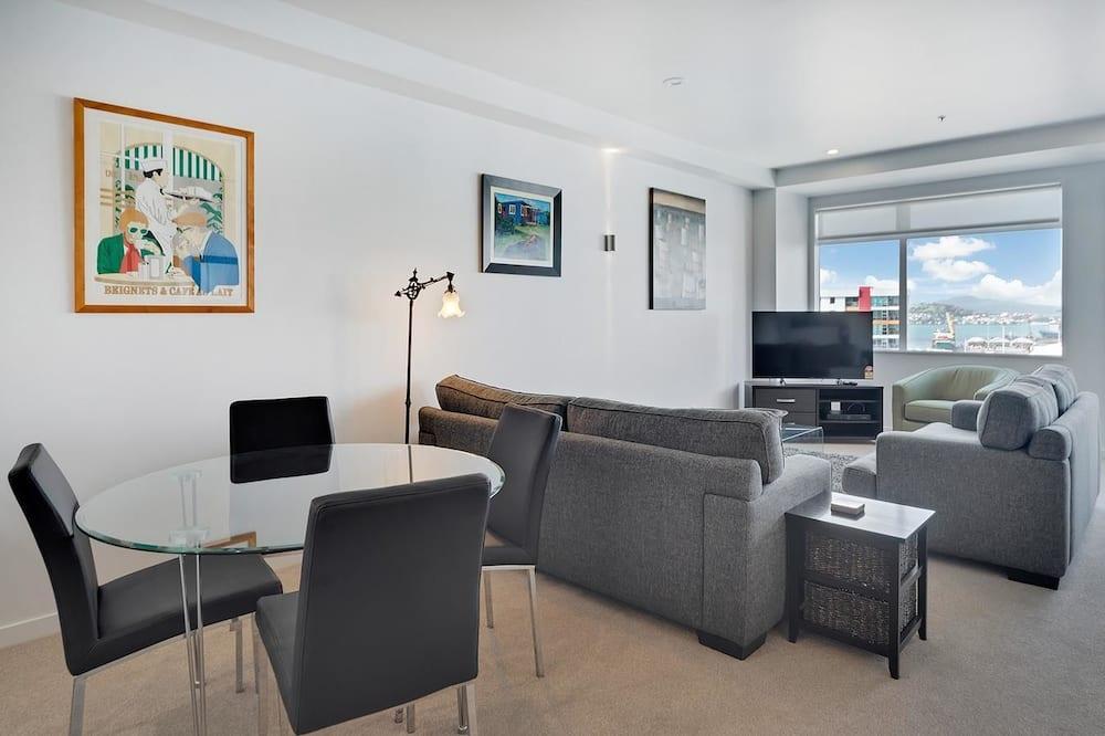 QV Quiet & sunny 2 Bedroom Apartment - 625