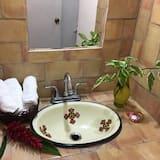 Standard Room, Garden View - Bathroom Sink