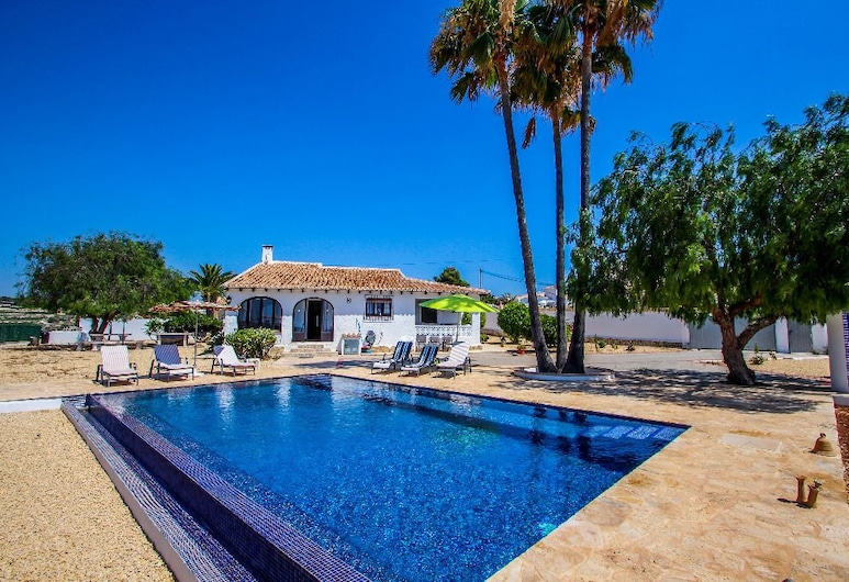 Canto de Hada - well furnished villa with panoramic views in Moraira, Teulada