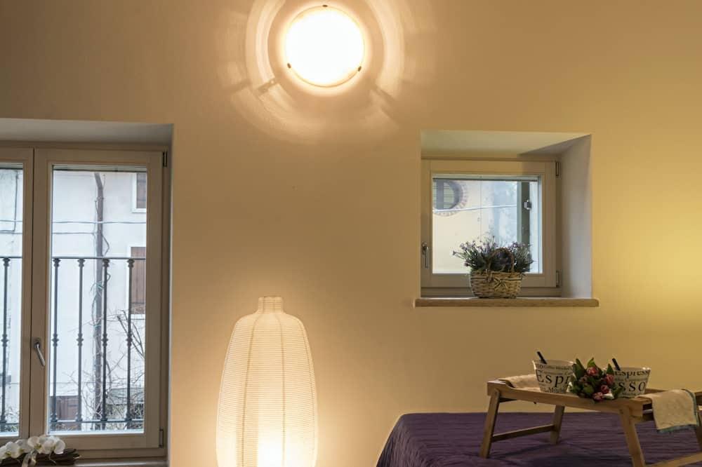Deluxe-lejlighed - 2 soveværelser - køkken - Værelse