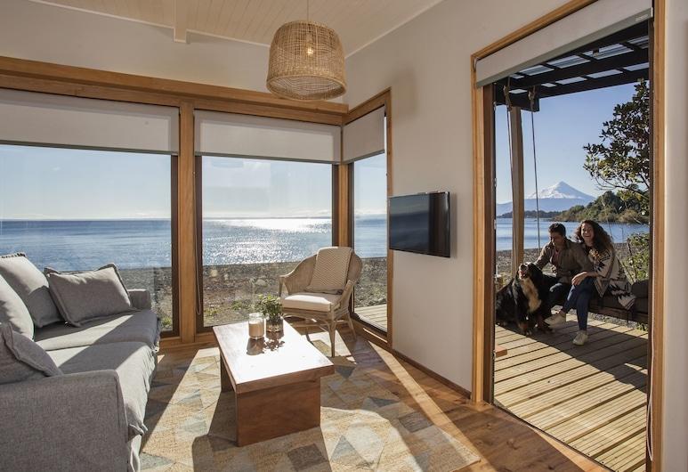 Cala Melí, Puerto Varas, Deluxe Cabin, 2 Bedrooms, Beachfront, Living Area