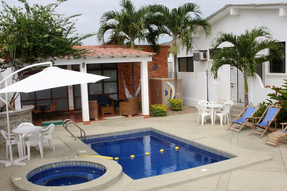 Family Villa, Pool View - Kolam renang persendirian