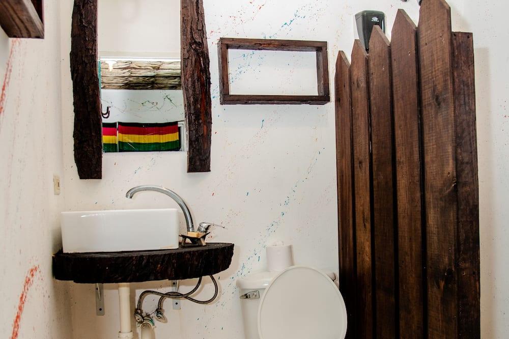 Basic jednokrevetna soba - Kupaonica