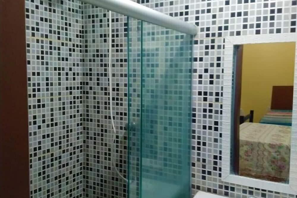 Standard Ortak Ranzalı Oda, 1 Tek Kişilik Yatak - Banyo