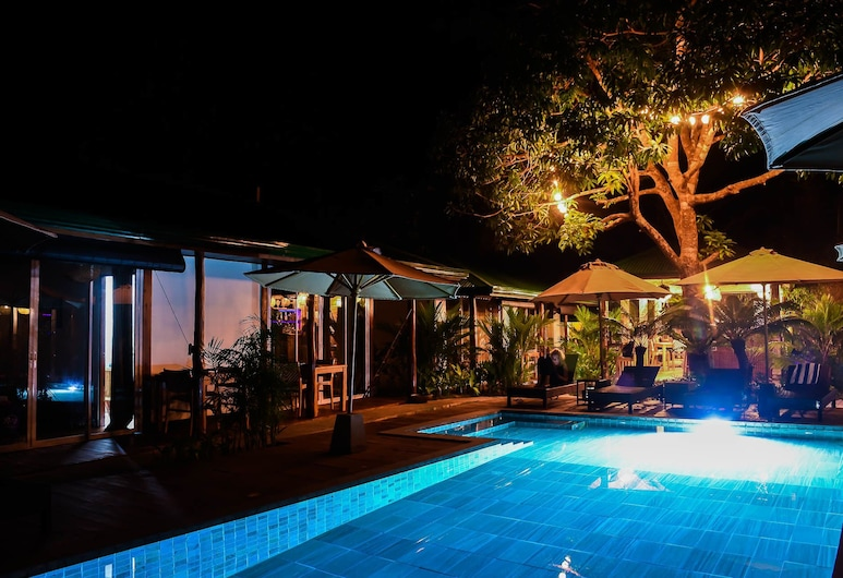 Bougainvilla Cottages, El Nido, Pool