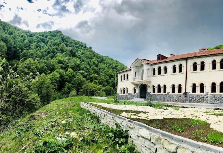 Vanatun Monastery Stay, Dilijan
