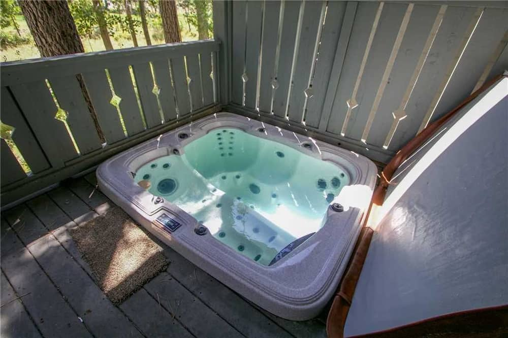 Rindu māja, četras guļamistabas (Timbers #1031) - Āra spa vanna