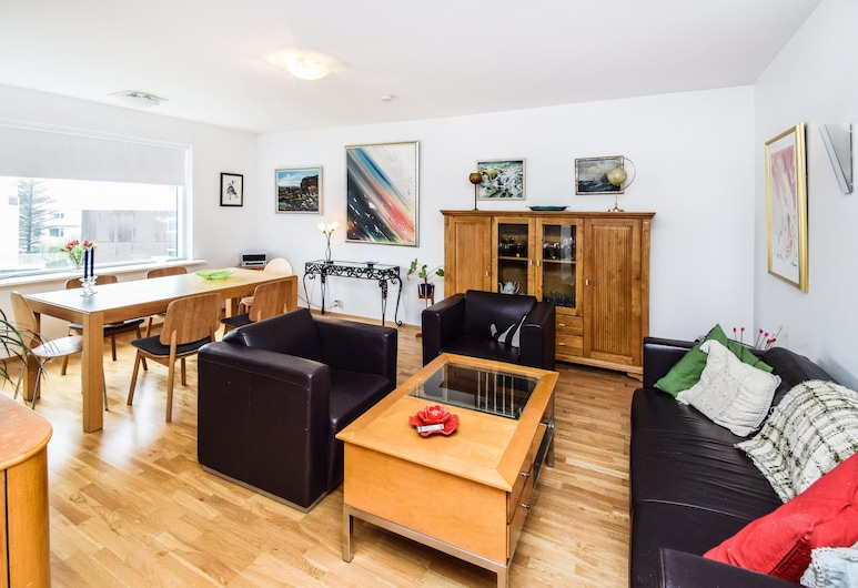 Apartment S23, Reykjavik, City Apartment, 1 Bedroom, Living Area