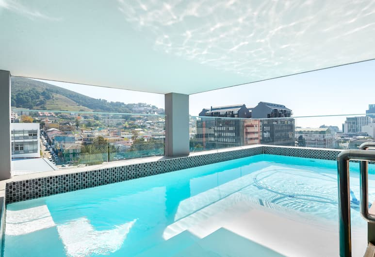 The Sentinel 1205, Cape Town, Pool
