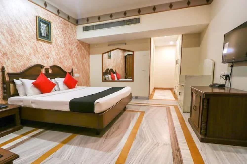 Hotel Shiraaz 1