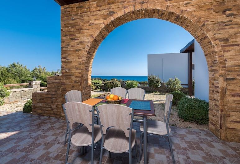 Villa Avra, Rodos, Terassi/patio