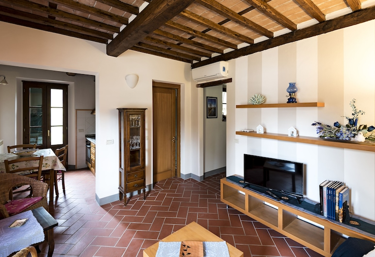 Tosca Dimora, Lucca, Family House, 2 Bedrooms, Hill View, Living Area