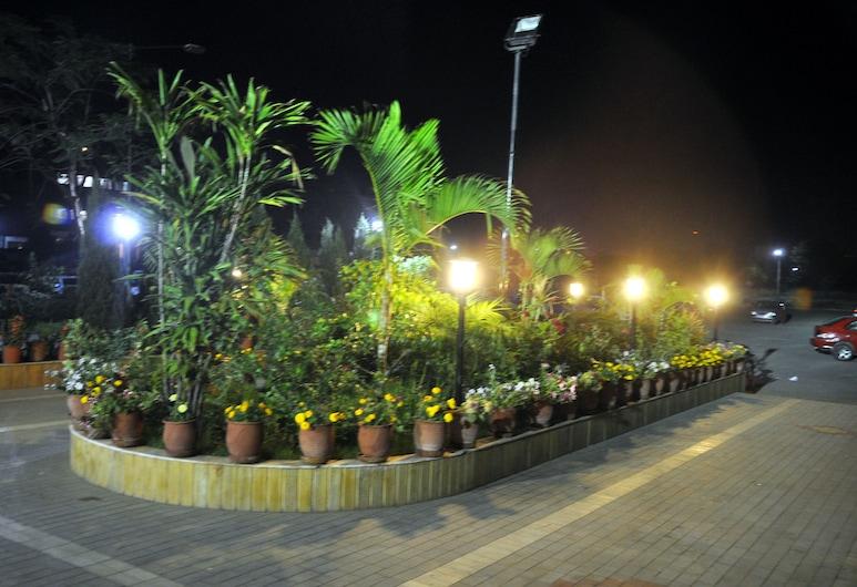 Hotel Shiraaz 2, Panchkula, Hadapan Hotel