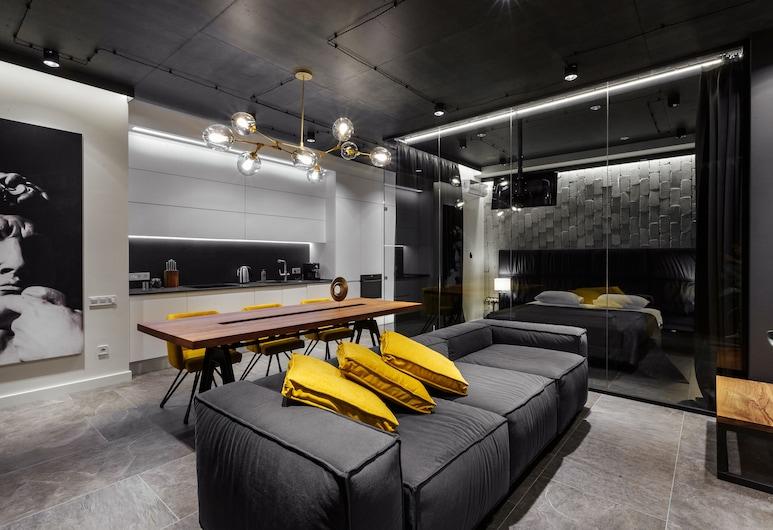 Prestige Plaza Apartments, Odessa, Apartment, 2 Bedrooms (#427), Room