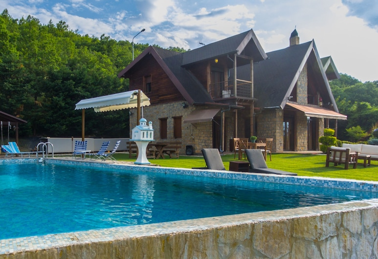 Villa Tuman, Skydra, Villa, 3 slaapkamers, Buitenzwembad