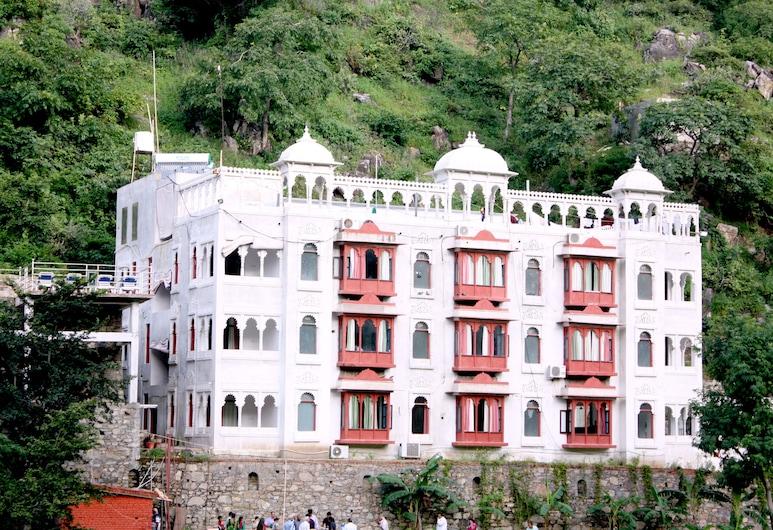 ホテル ラジガル, クンバルガー