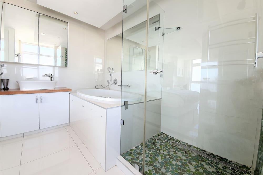 Apartamentai verslo klientams - Vonios kambarys