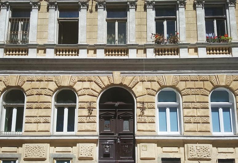 happy home Budapest POP, Budapeštas, Viešbučio fasadas