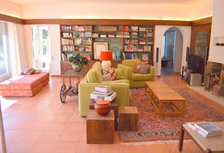 RH Monte Colares, Sintra, Apartmán, 4 spálne, súkromný bazén, s výhľadom do záhrady, Obývačka