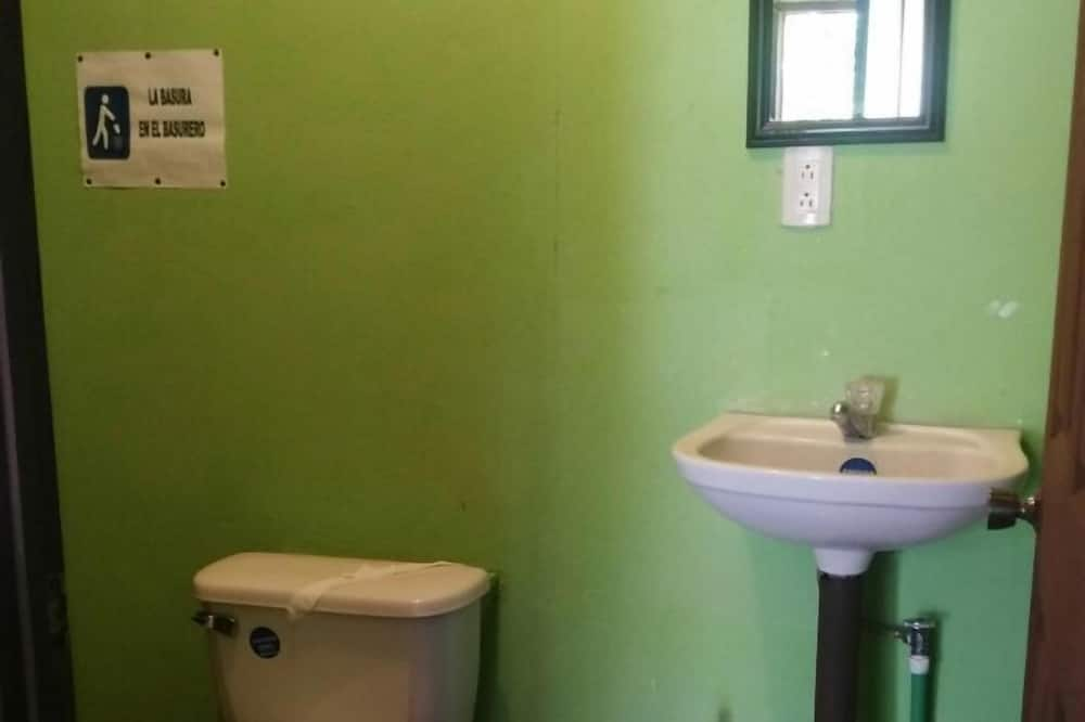 Basic Cabin, 1 Double Bed - Bathroom Sink
