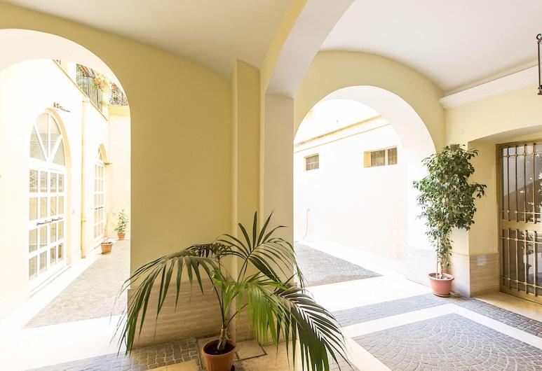 Rental In Rome Vatican Deluxe Apartment, Rome