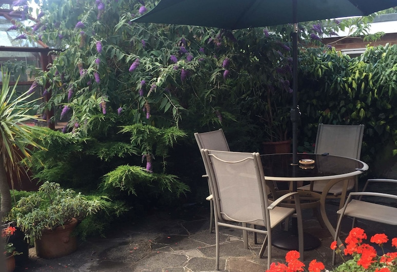 Lolas Bed And Breakfast, Orpington