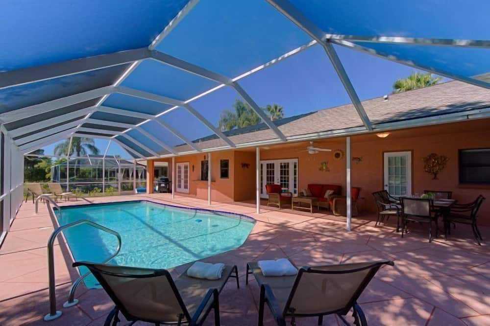 Σπίτι - Εξωτερική πισίνα