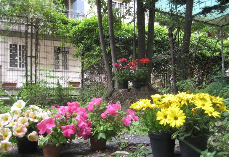 瓦勒里亞民宿, 羅馬, 花園