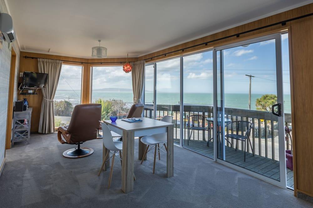 全景開放式客房, 1 張特大雙人床, 海景 - 客廳