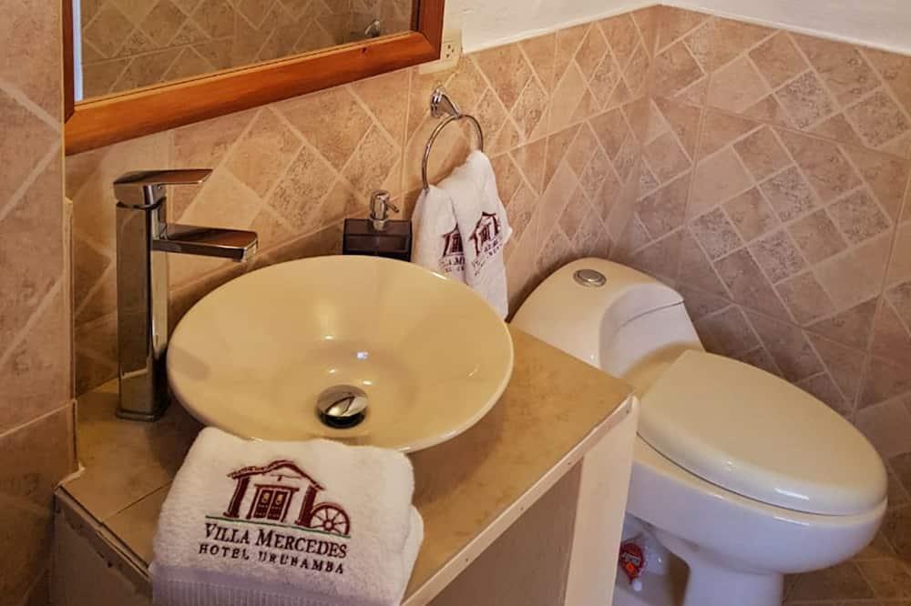 Superior Tek Büyük Yataklı Oda, 1 Çift Kişilik Yatak - Banyo