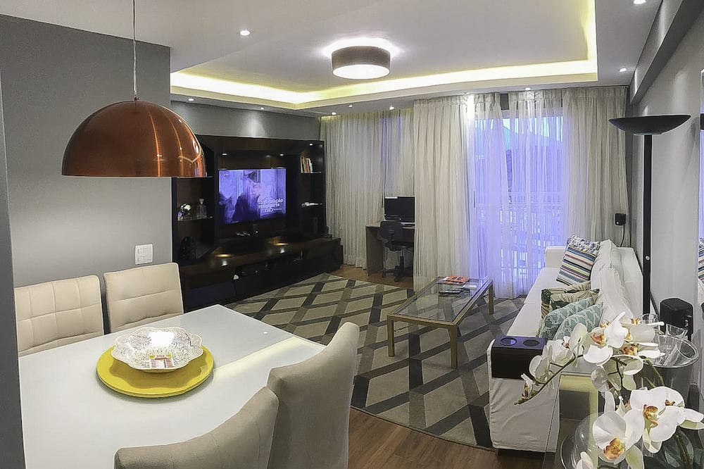 Business Apartment, Multiple Beds, Lagoon View - Living Room