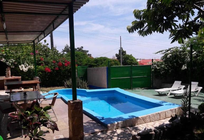 La Casa Azul, Αβάνα, Εξωτερική πισίνα