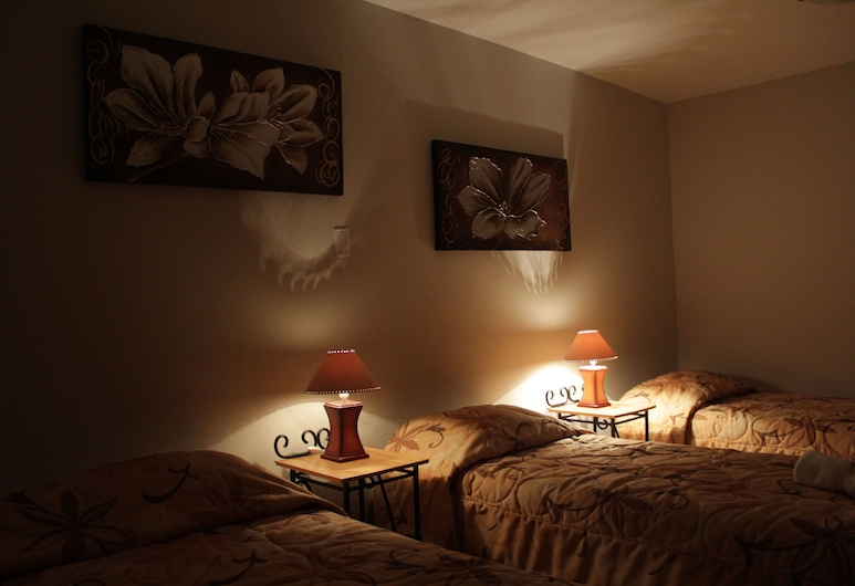 花朵酒店 - 卡聶特, San Vicente de Cañete, 基本三人房, 客房