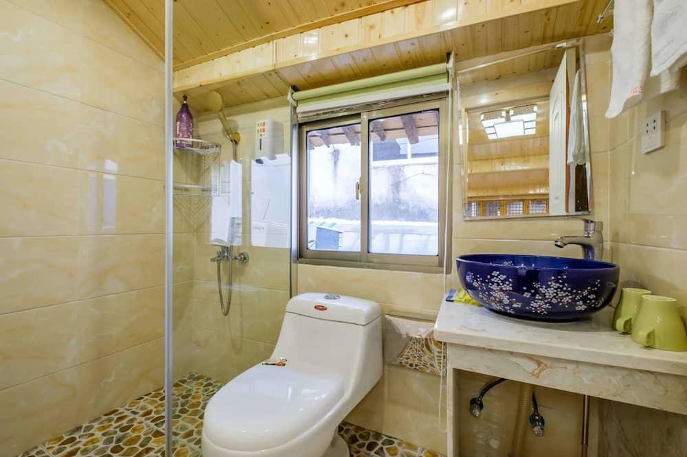 Design-Zweibettzimmer - Badezimmer