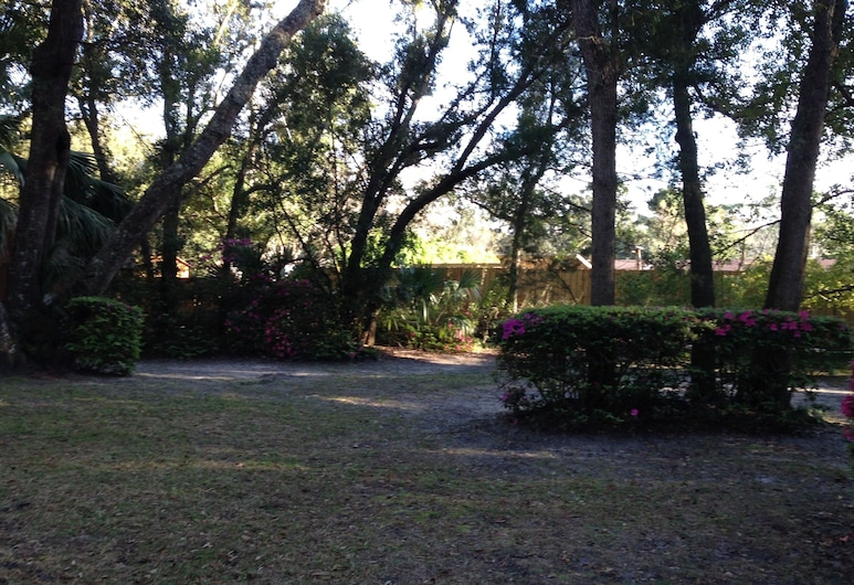 Island Escape - 3 Br Home, Jekyll Island, House, 3 Bedrooms, Property Grounds