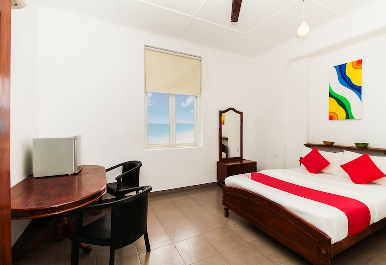 OYO 228 Sea View Hotel, Colombo, Deluxe Double Room, 1 King Bed, Guest Room