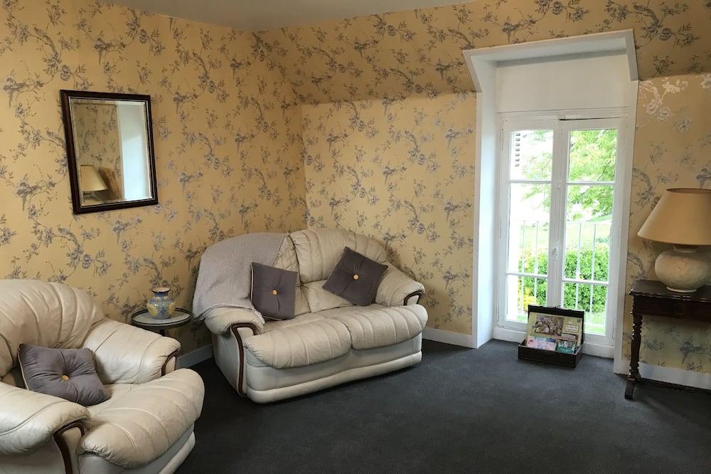 Apartmán typu Superior, výhled do zahrady (Cedar) - Obývací pokoj
