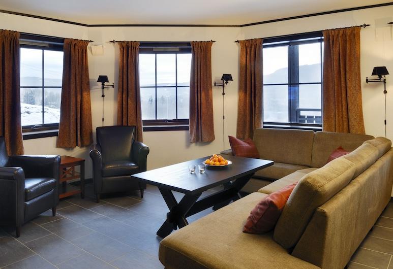 Hafjell Resort Alpin Apartments Solsiden, Øyer, Family Apartment, 3 Bedrooms, Sauna, Slope side, Bilik Rehat