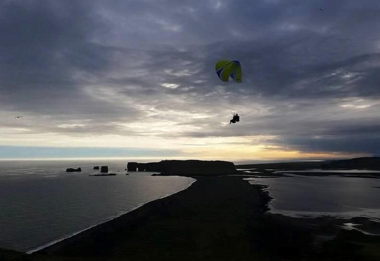 Norður-Vík, Vik I Myrdal, Terrenos del establecimiento