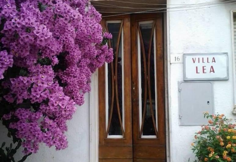 Villa Lea, Viareggio, Hotel Entrance