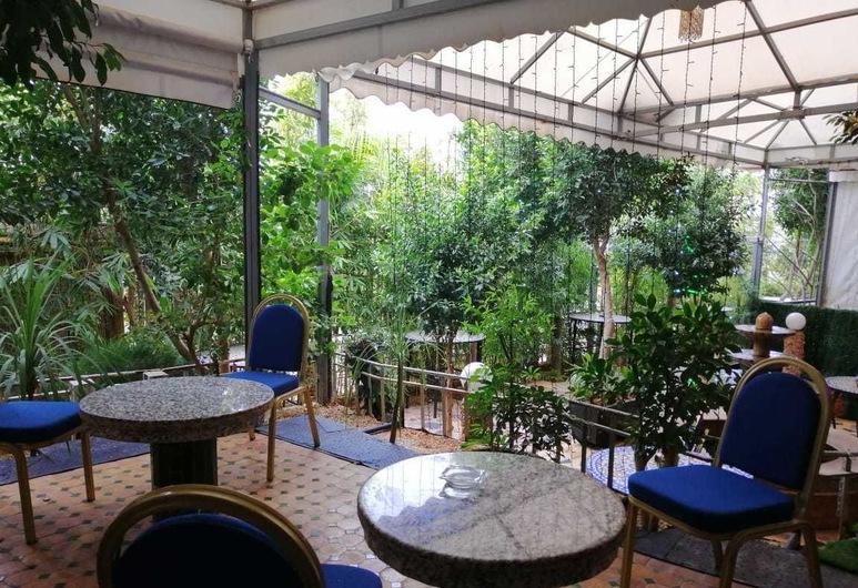 Senhaja Hotel - Hostel, Sefrú, Área para desayunar