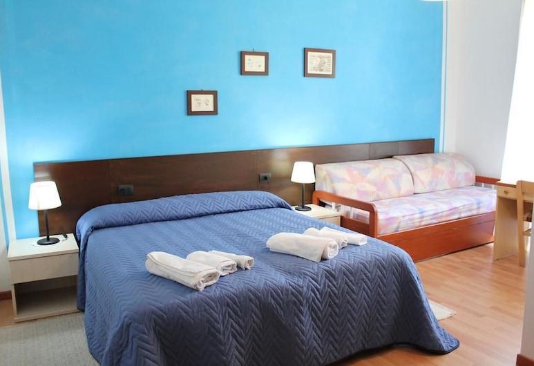 Bed & Breakfast Da Anatolia, Thiesi, Habitación triple, Habitación