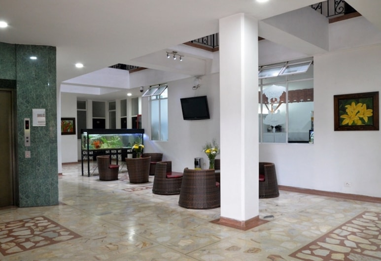 Hotel Macedonia Plaza, Medellin, Lobby Sitting Area