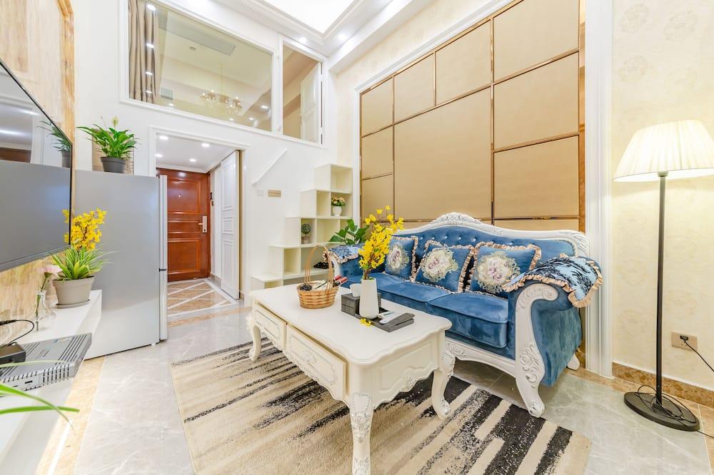 Deluxe Loft, 2 Bedrooms - Living Area