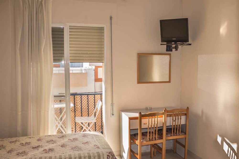 Double or Twin Room, Private Bathroom - Guest Room
